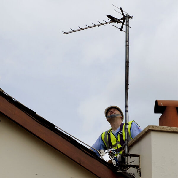 aerial repairman near me